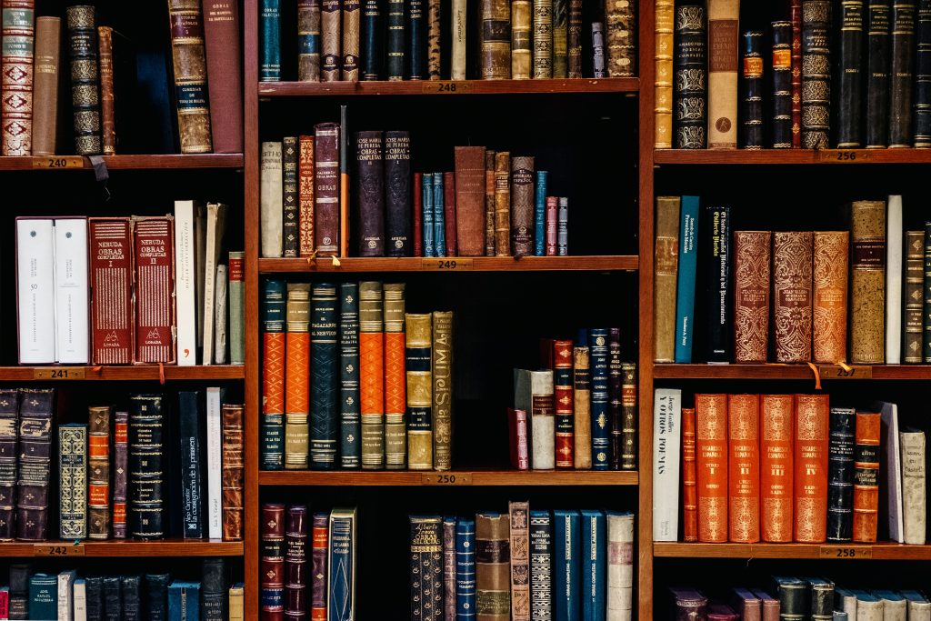 bookshelf - write your own book